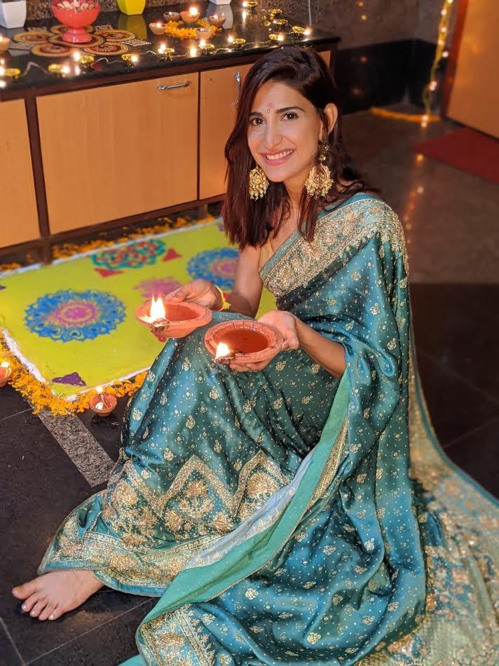 Aahana Kumra wearing statement Meenakari earrings by Rubans Accessories