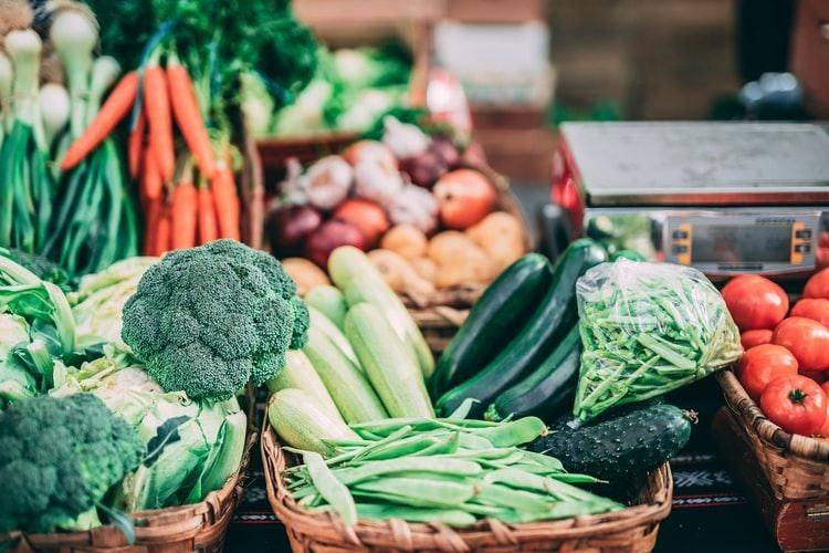 How does veganism promote women's health? (Image Source: Unsplash)